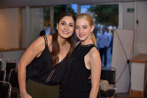 03092019 Scarlet y Susana.