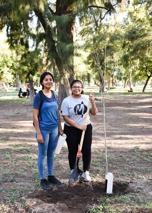 01092019 Lupita y Joana.