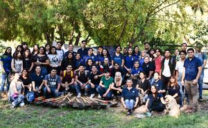 01092019 Los participantes en la ecológica actividad se mostraron orgullosos de aportar un poco al planeta.