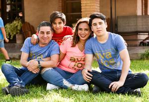 02092019 Fernando, Priscila, Camila y Mary Fer.