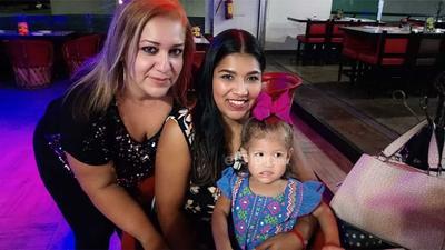 Liliana, Ale e Isabella.