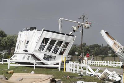 El fenómeno provocó daños materiales.