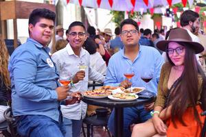 05092019 GRATA CONVIVENCIA.  Juan, Ulises, Mario y Lluvia.