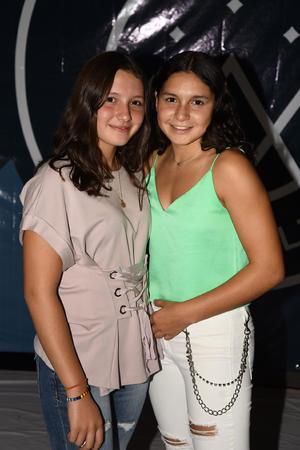 06092019 EVENTO ESCOLAR.  Ana Cecy Rodríguez y Regina Rodríguez.