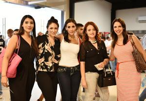06092019 ENTRE AMIGAS.  Itzel, Brenda, Erika, Daniela y Amine.