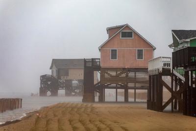 Se seguirán sufriendo los efectos del huracán durante las próximas horas.