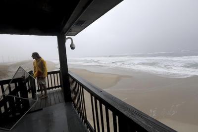 El paso de Dorian puede producir lluvias, aumento del nivel de mar, inundaciones, resaca, viento y algunos tornados.