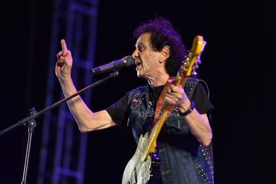 La agrupación arrastró su festejo por sus 50 años de carrera hasta Torreón.