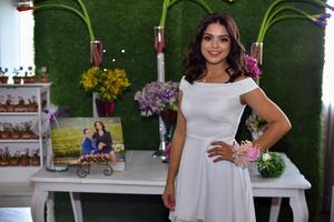 07092019 Karla Luévanos se encuentra feliz por su cercano enlace matrimonial.