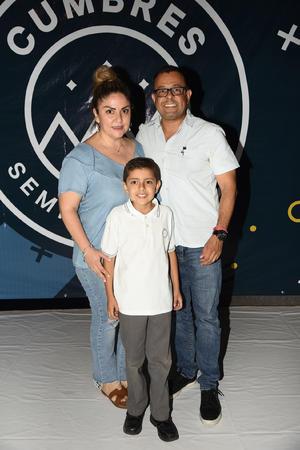 10092019 EVENTO ESCOLAR.  Familia Ramírez.