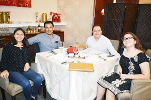 Ana Gabriela, Roberto, Manuel y Sofía