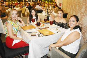Lorena, Karla, Rosy y Mary