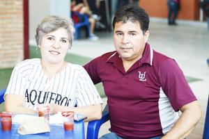 Bertha Alicia y Javier