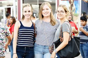 Consue, Sofía y Ángela