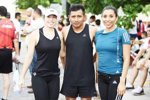 Ana Villela, Dionicio Castillo y Ale Noriega