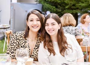 Luisa y Natalia