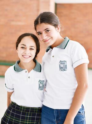 Ximena Arreola y Huguette Muñóz