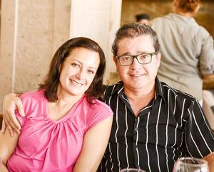 Claudia y Nacho Corona