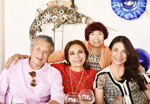 Eduardo Espinoza, Irene Hernandez, Marcela de Guerra e Irma Hernández