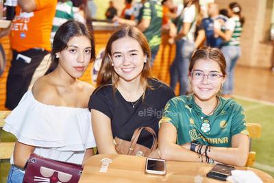 Fatima, Ilse y Julia