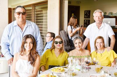 Eduardo Cepeda, Mercedes Hernández,Leticia Guzman, Sandra Gómez, Pilar Cabarga y Rogelio Ramírez