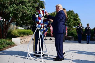 Donald Trump también recordó a los afectados por los atentados.