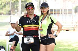 11092019 Esteban Chávez y Wendy Morales.
