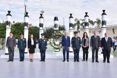 Torreón recordó a los Niños Héroes.