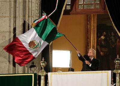 Arengas a la libertad, la democracia, la soberanía la fraternidad universal, la paz, la grandeza cultural de México y finalmente tres veces el ¡viva México!