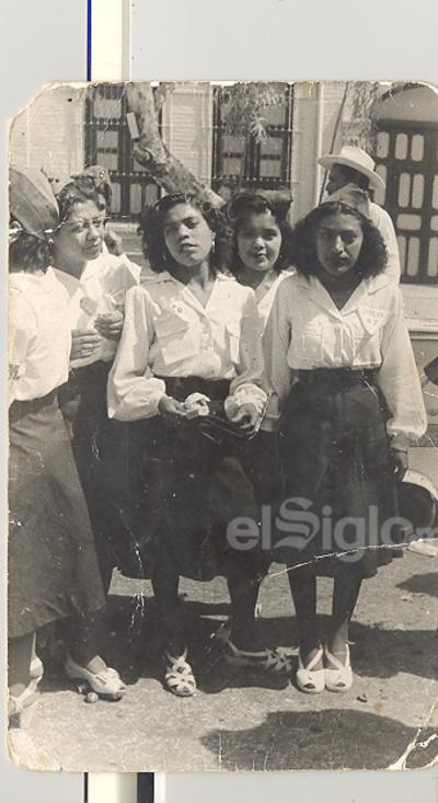 Juana Rodelo Ramírez (f), Dolores Herrera Rodelo, María. Luisa Tanis y Raquel Rojas Camacho, el 29 febrero 41.