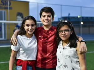 18092019 Bárbara, Oliver y Sofía.