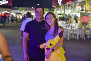 18092019 NOCHES DE FERIA.  Rodrigo y Ana.