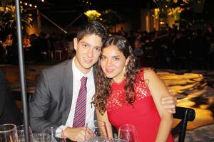 Heriberto Gutierrez y Sofia Acosta
