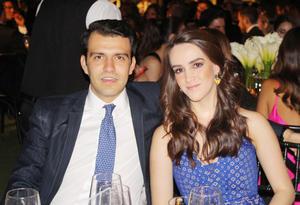 Jorge Cabranes y Valeria Mariel