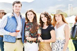 Bruno Ramon,Victoria Ramon,Maria del Bosque y Andrea Mendel
