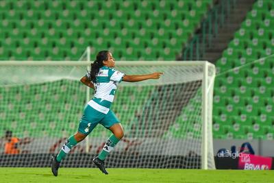 Primer gol de Arlett Tovar con Santos Laguna    Santos 2 - Cruz Azul 0