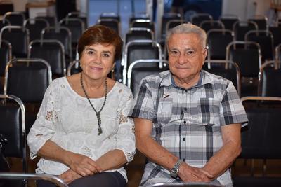 María Luisa y Luis.