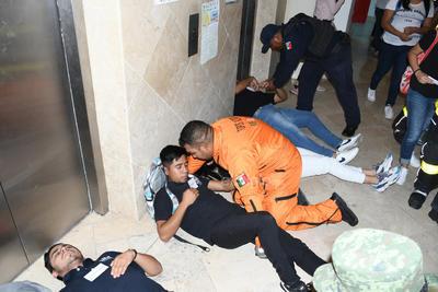 """Positivo. Las autoridades municipales calificaron esta actividad como """"positiva"""", pues hasta entre las simulaciones de personas lesionadas e intoxicadas se cumplieron con los objetivos iniciales de actuación."""