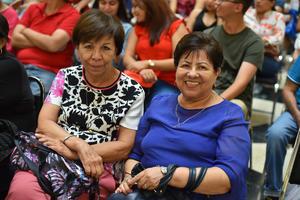 20092019 Gloria y Lupita.