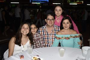 21092019 Roberta, Naty y José Antonio Borbolla.