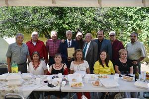 22092019 Dr. Armando Fuentes, Luci y Lic. Rafael Romero; Juanita y Pepe Villanueva; Vita y Francisco Ramírez; Rocío y Luci acompañando a sus amigos locutores.