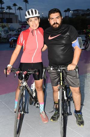 21092019 Claudia Olivas y Juan Manuel Soto.
