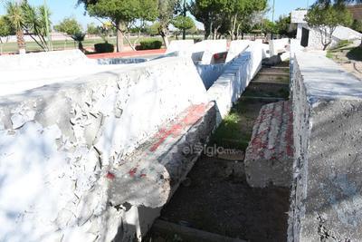 Retirado. Los trabajos del retiro de la obra fueron realizados por Constructora Regional de La Laguna (Corela) el 9 de marzo de 2017.