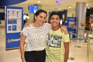 25092019 Brenda y Santiago.