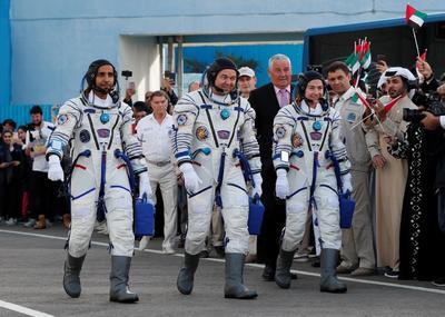 Viajan el cosmonauta ruso Oleg Skripochka, la astronauta estadounidense Jessica Meir y el emiratí Hazza al Mansouri.