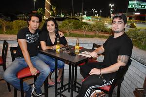 26092019 Emmanuel, Fernanda y Raúl.