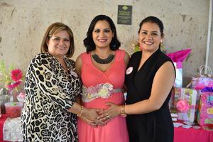 26092019 SE LLAMARá LISA.  Edith Hernández de Cervantes disfrutó de su baby shower, la acompañan su mamá y hermana.