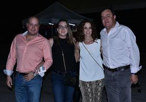 26092019 Jesús, Adriana, Sofía y Roberto.