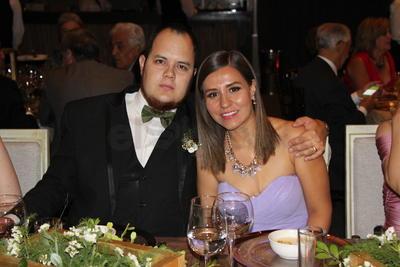 Alberto Mijares y Andrea Castruita.