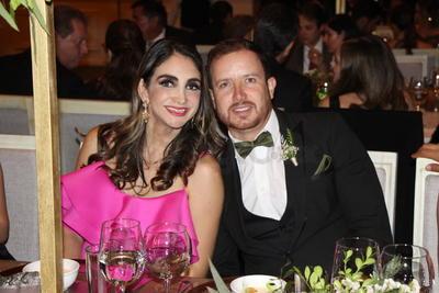 Violeta Reyes y Rodolfo Mijares.